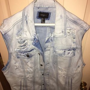 Forever 21 Distressed Denim Vest. Size L